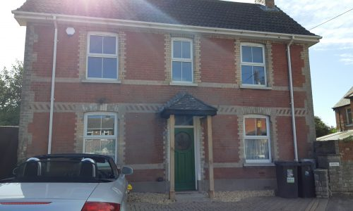 3 bed detached house in Wareham  £1300 pcm